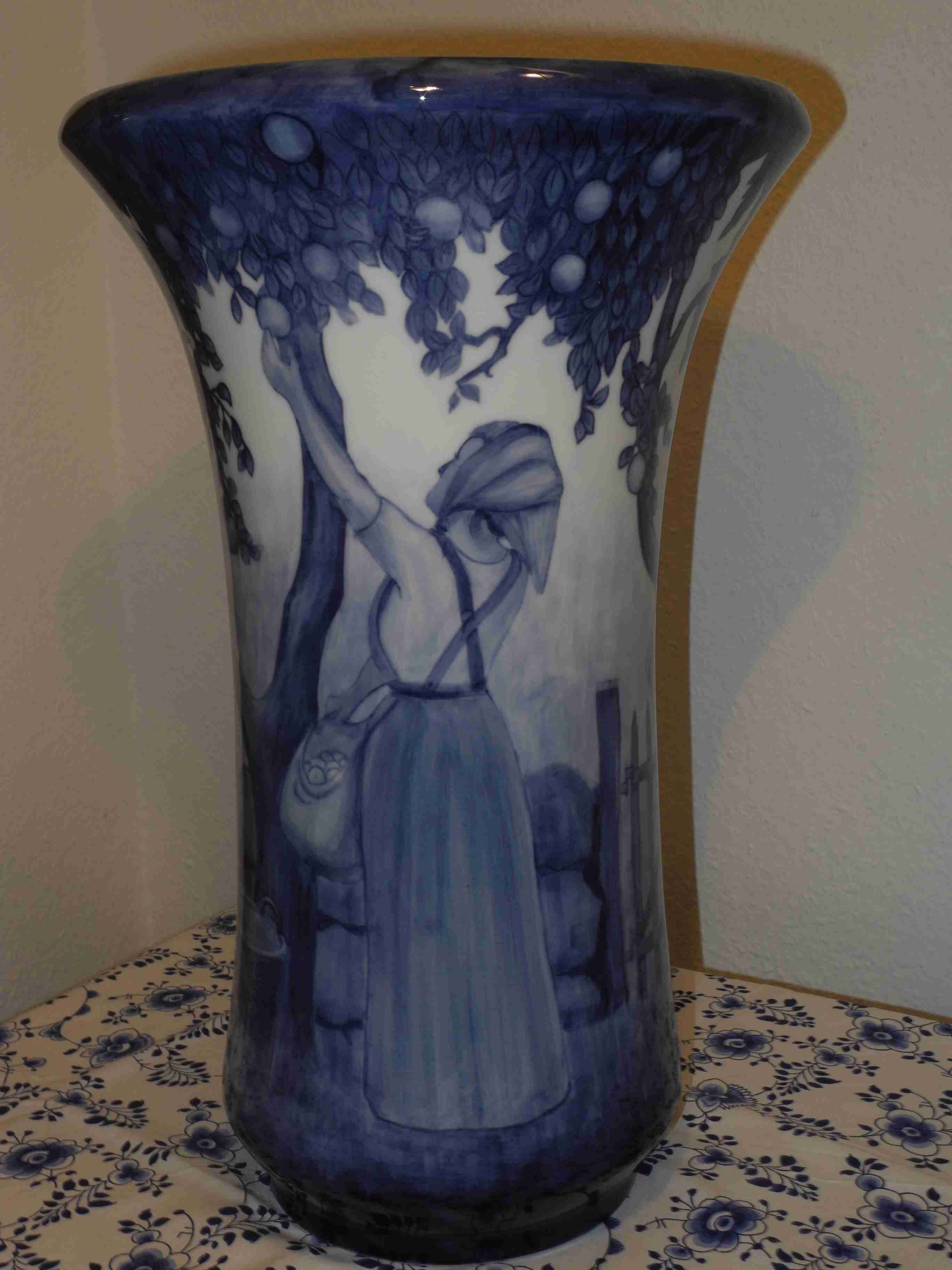Apple Picking Scene vase