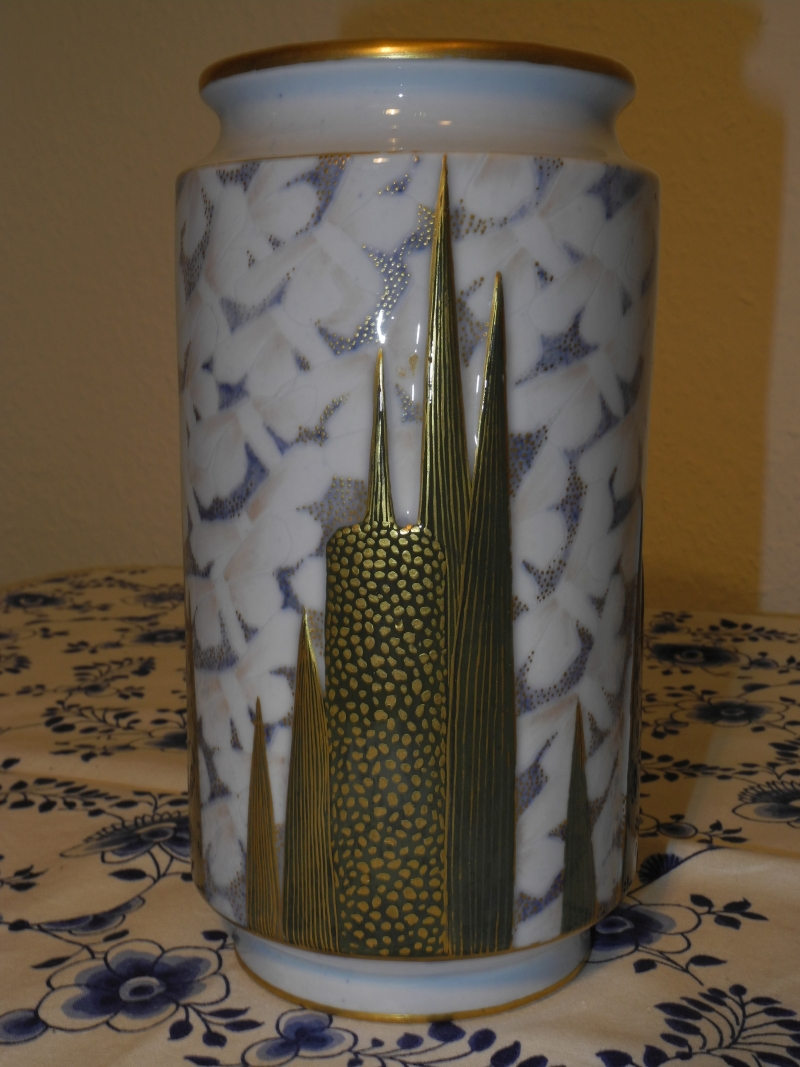 Reed Spadix and moths vase by Anna Jörgensen