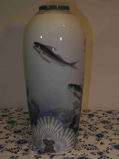 Fish and Shell Vase