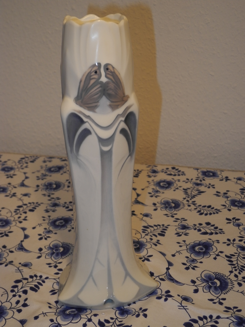 Art Nouveau Butterfly Vase Lamp