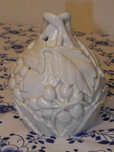 Art nouveau relief vase white