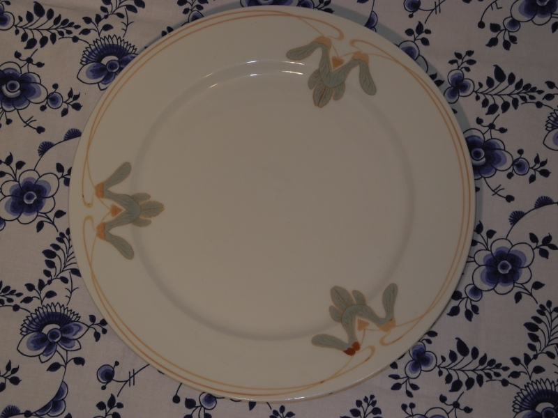 Meissen - Maple Leaf Plate