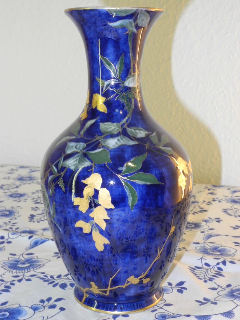 Butterfly and leaves Vase