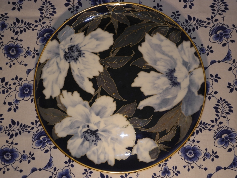 Flower Plate with bugs by Marianne Host