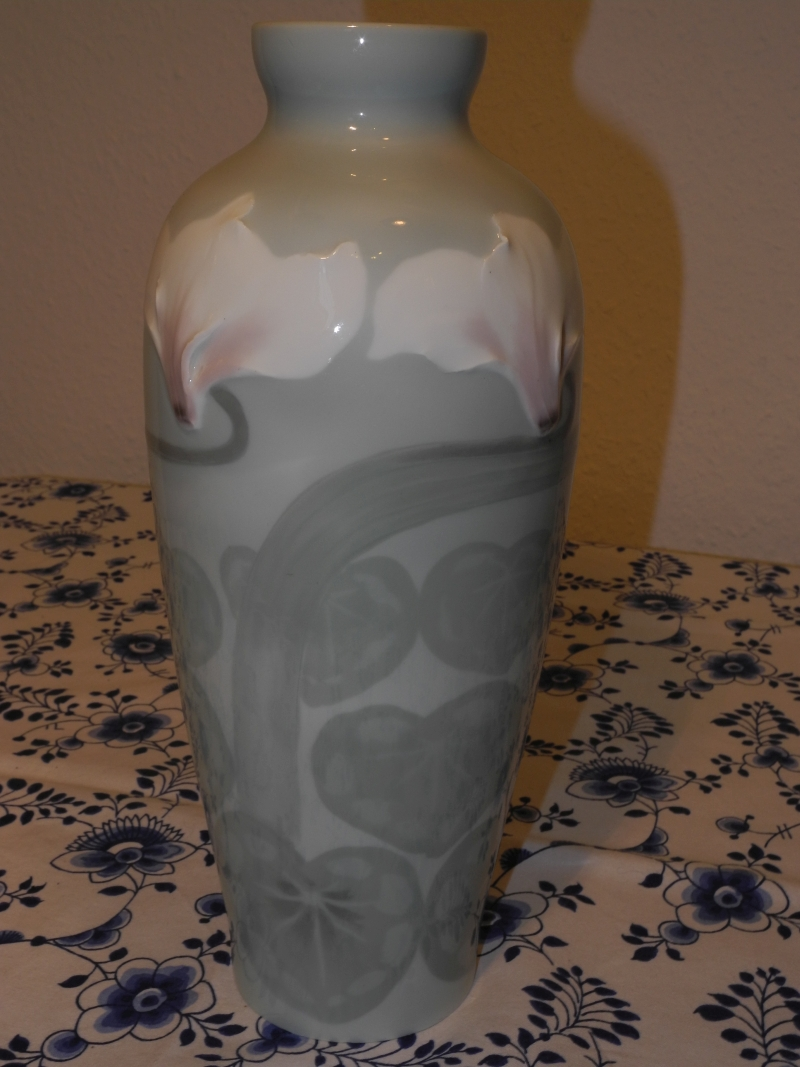 NL Waterlillies vase