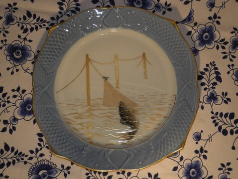 Fish and Net plate