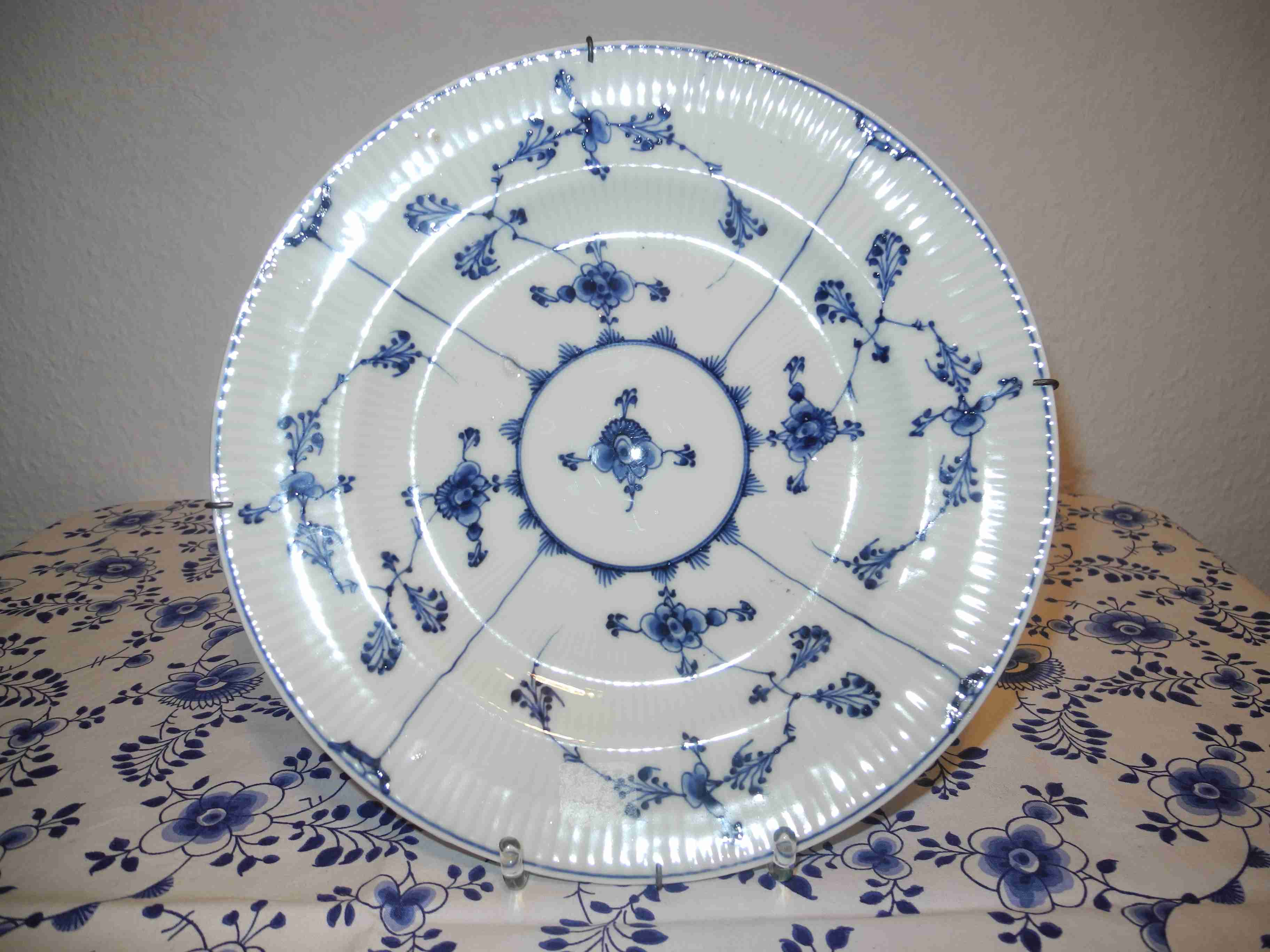 Blue Fluted Old Plate