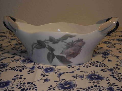 Rose dragonfly bowl